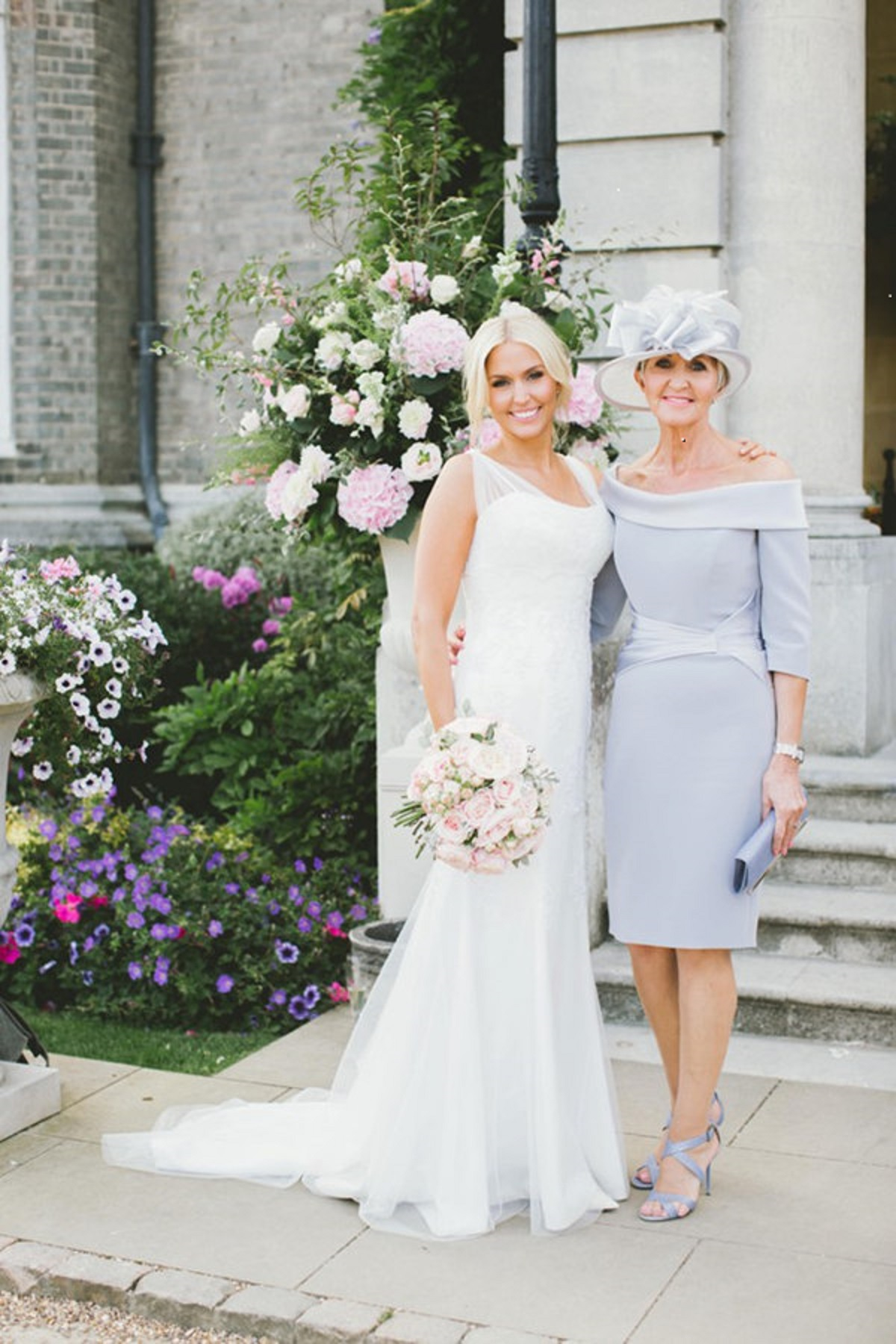 mother and bride dresses