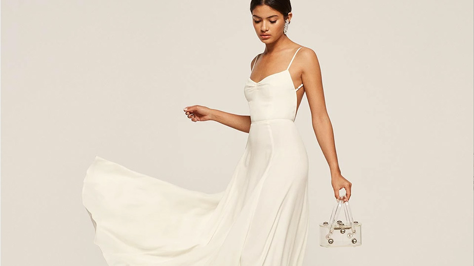 Elegant White Simple Wedding Dresses Beach