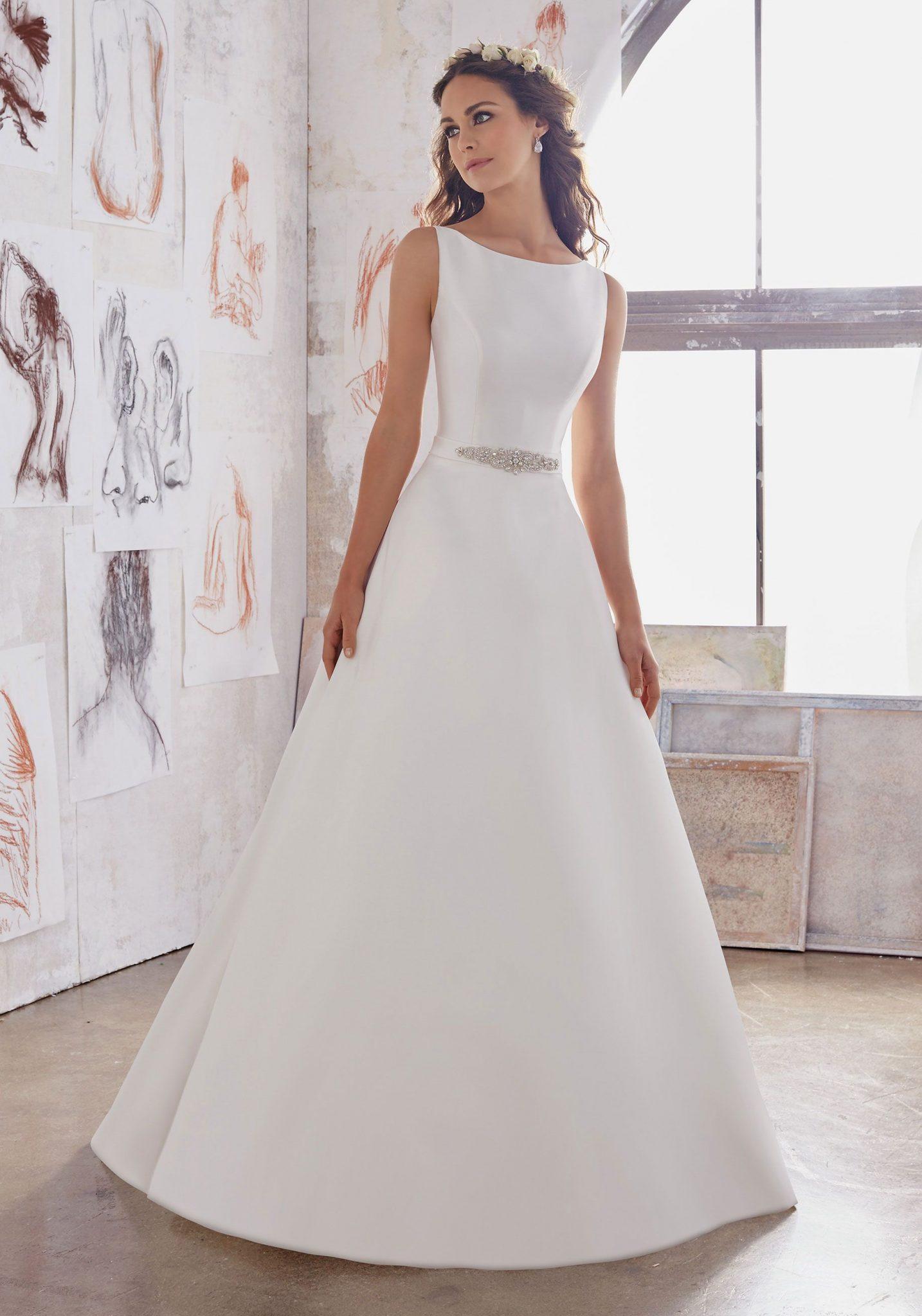 White Simple Wedding Dresses Beach
