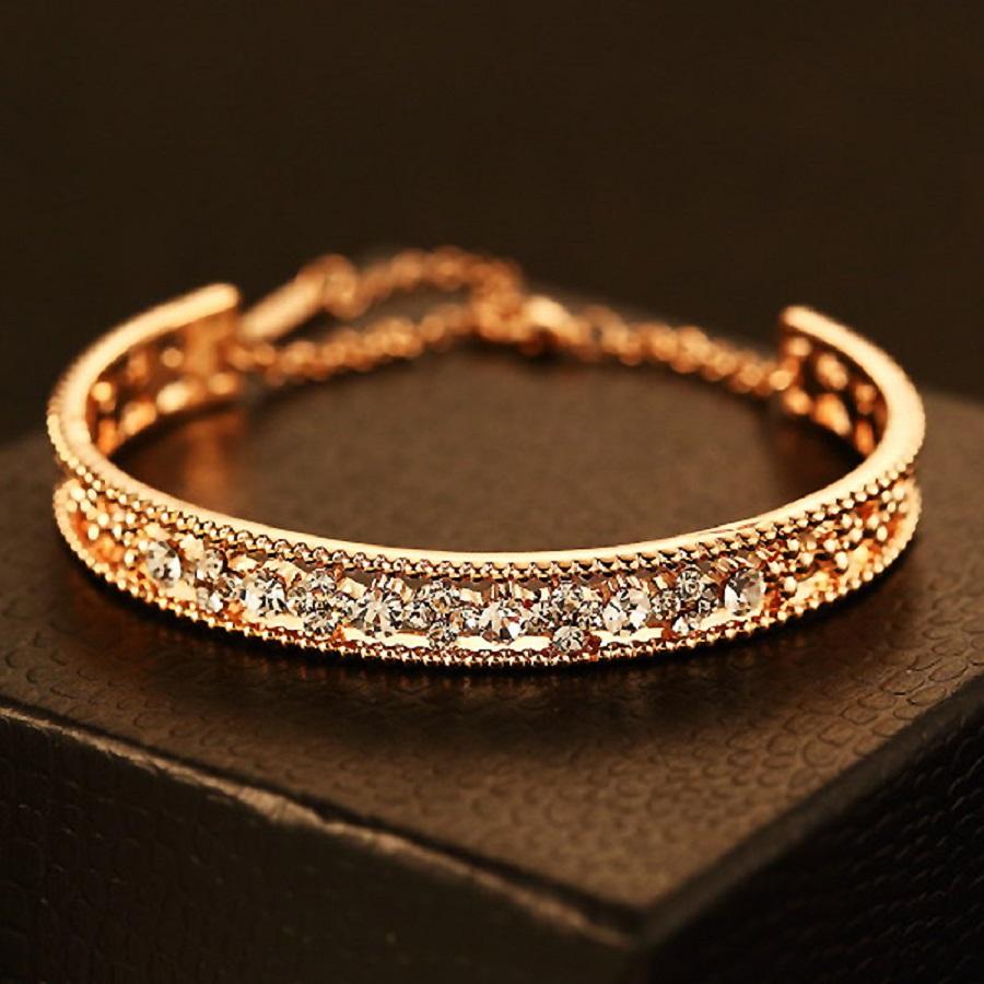 Elegant Gold Bracelets for Womens