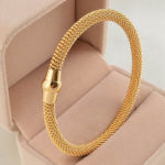 Gold Bracelets for Women Gift in Special Occasions