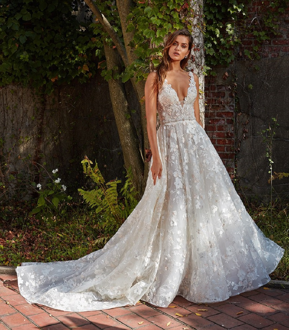 Cute & Perfect Wedding Dress