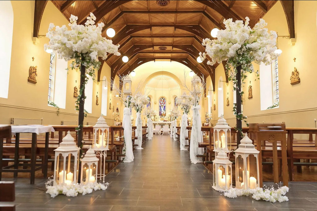 Simple Church Wedding Decoration