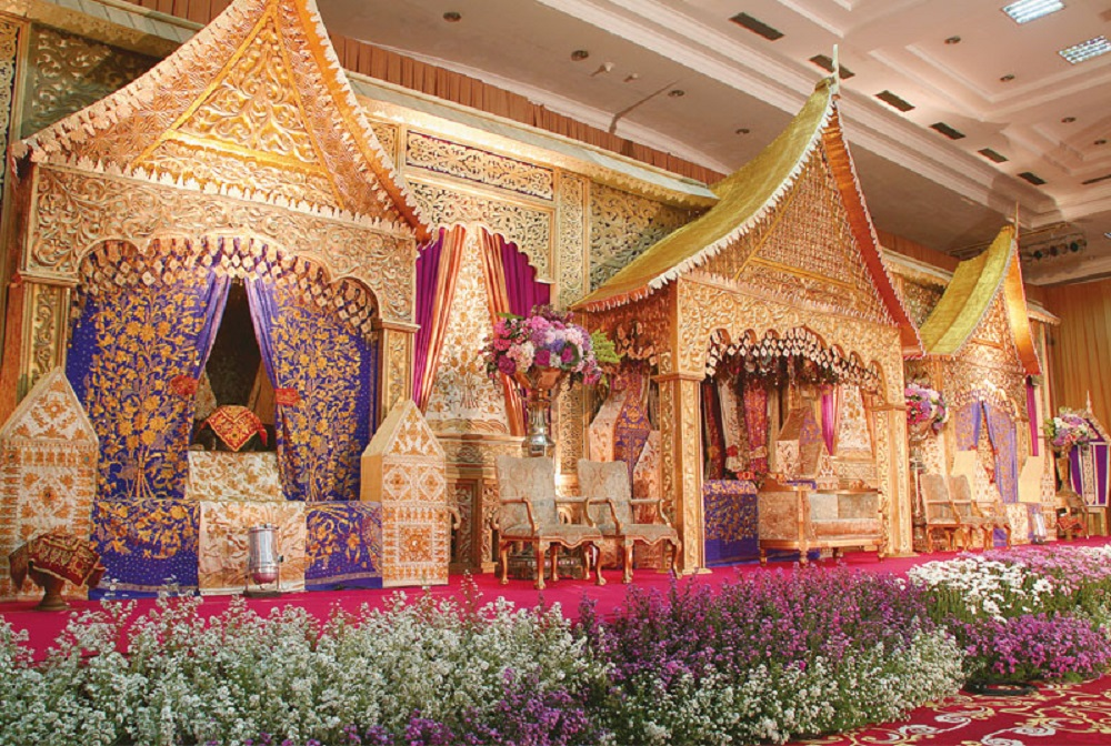 traditional wedding theme