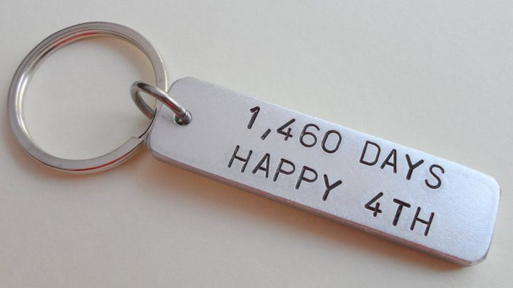 4 year wedding anniversary key chain