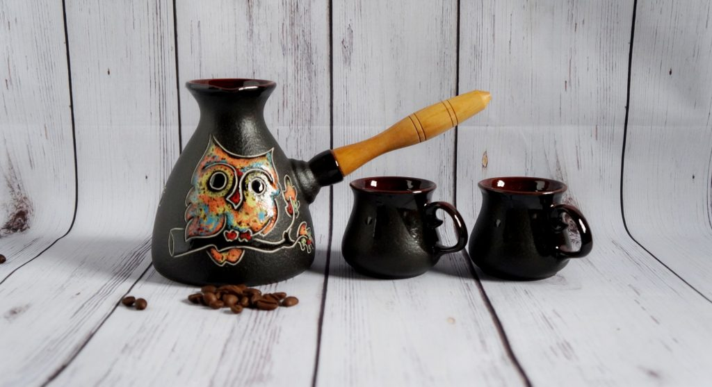 it's a set of unique coffee cups and pot which is a very good choice for best friend's wedding gift