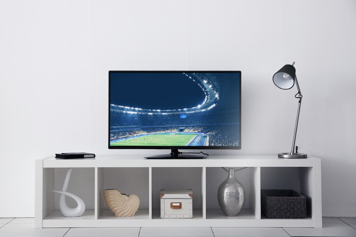 a television set as wedding gift for best friend