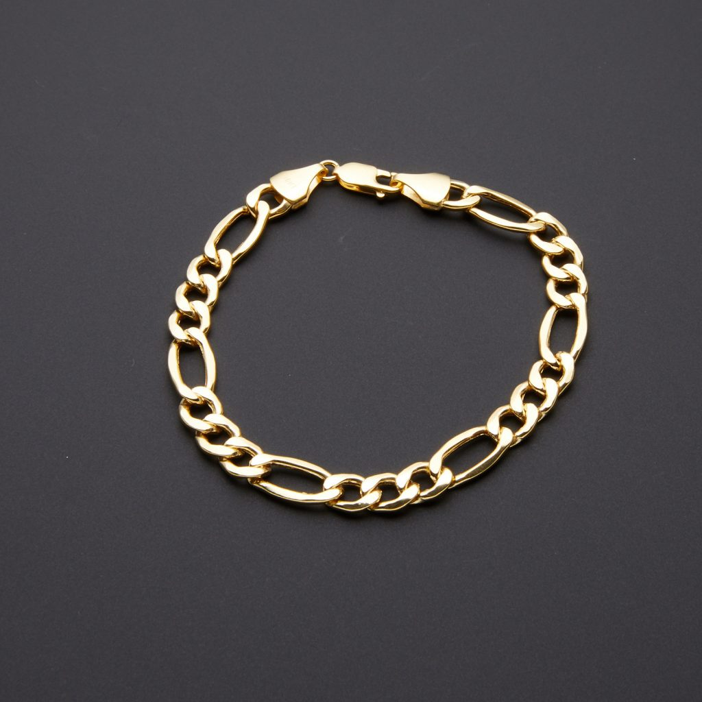 figaro gold chain bracelet shape