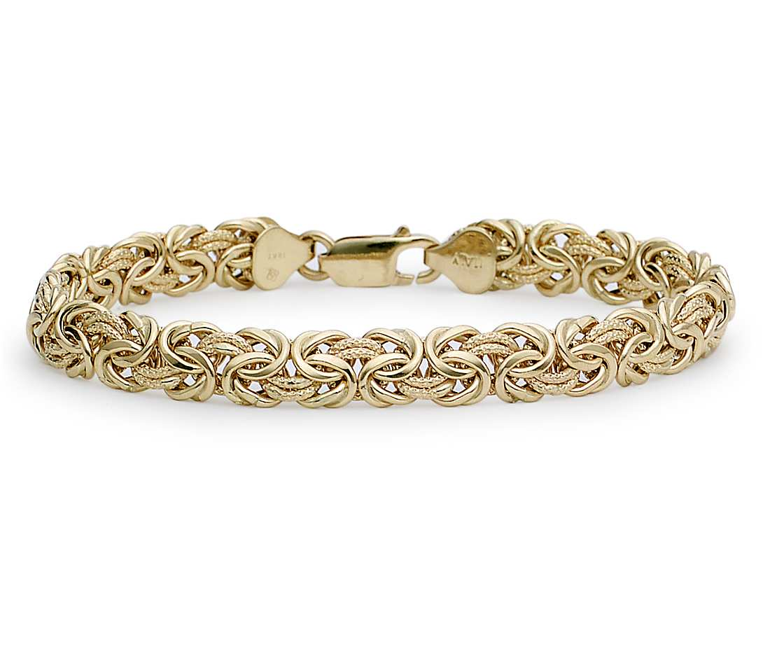 it's a picture of gold byzantine bracelet
