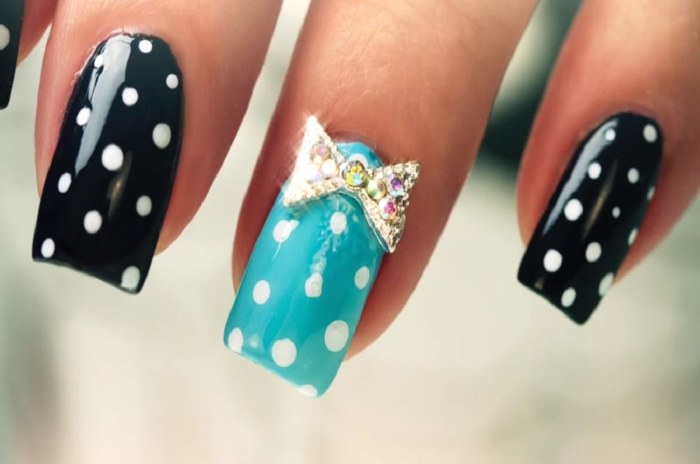 polka dot easy nail art designs