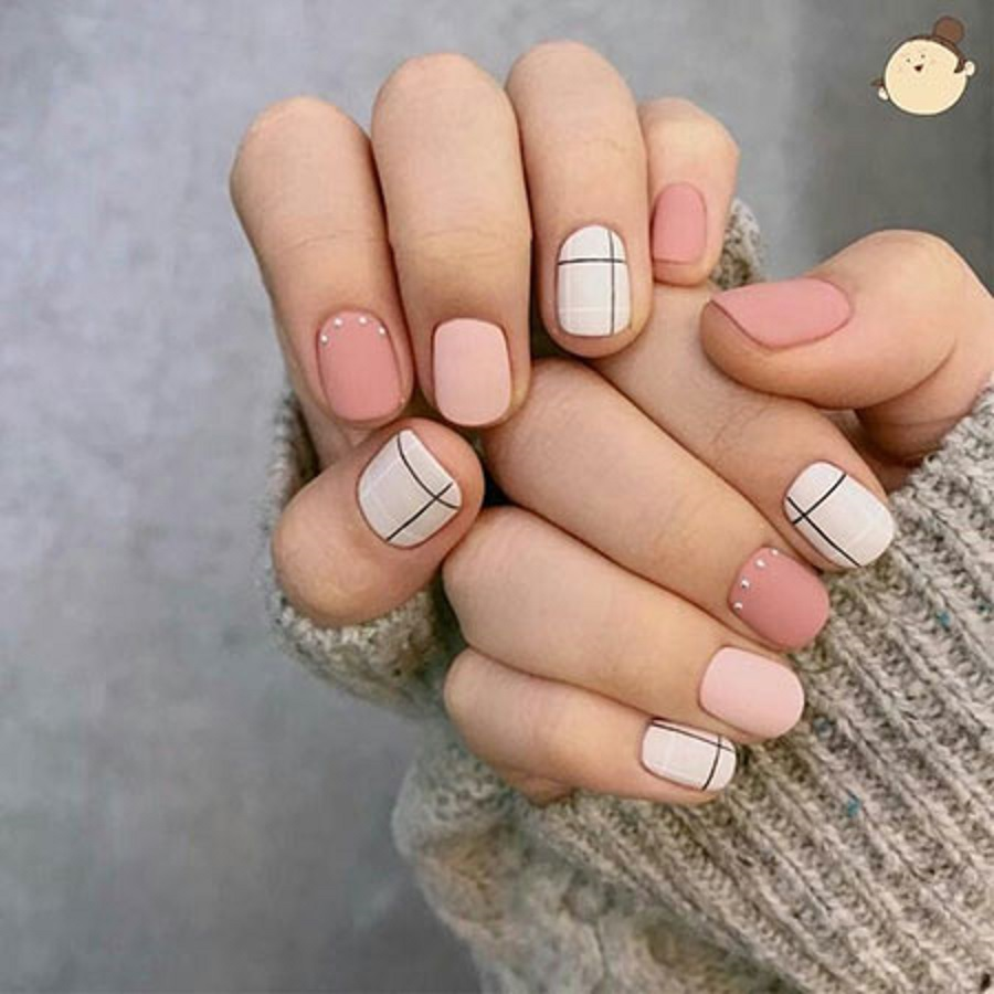 light plain simple nail art designs for short nail