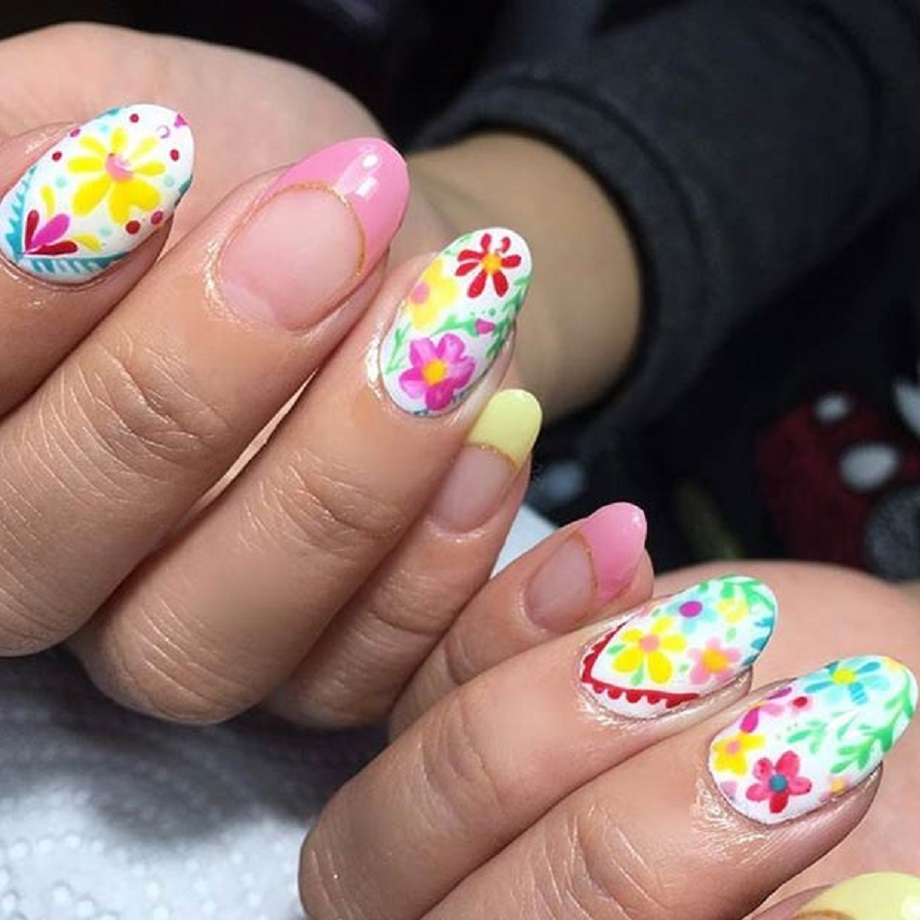 Simple Bright Flowers Nail Art Design