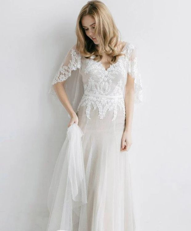 Boho Wedding Dresses Ethereal Sheath Bat Sleeve Wedding Dress