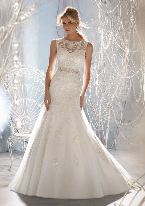 Cheap Boho Wedding Dresses Sleeveless Floor length with Lace and Beading Wedding Dress