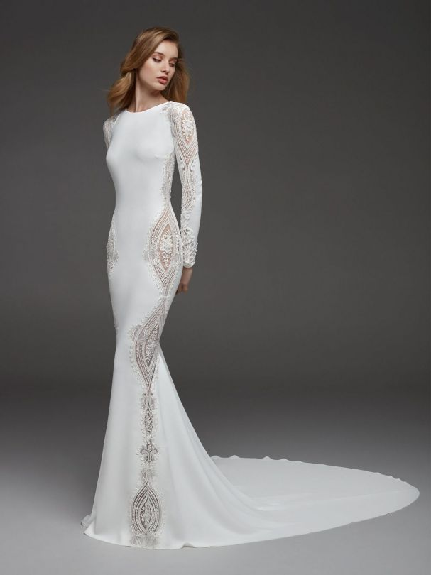 Elegan Hunter Turtle and Creepe Long Sleve Wedding Dress