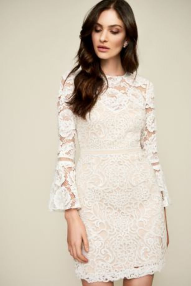 Elegan Short Lace Gabby Wedding Dress