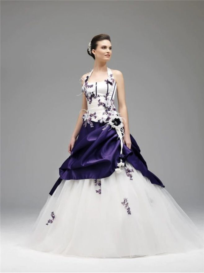 Elegant White and Purple Wedding Dress with Embroidery Halter Neck