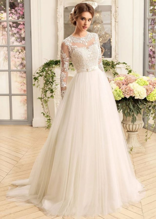 Long Sleeve Lace Wedding Dress a Line Simple