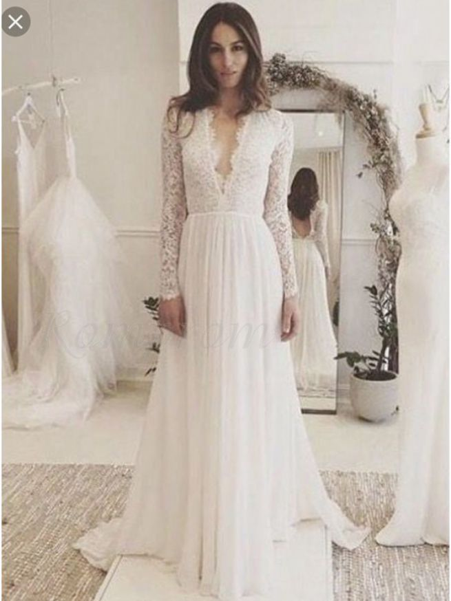 Luxurious Long Sleeve Wedding Dress Lace V Neck