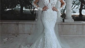 Luxurious Long Sleeve wedding Dress Lace Beaded 4