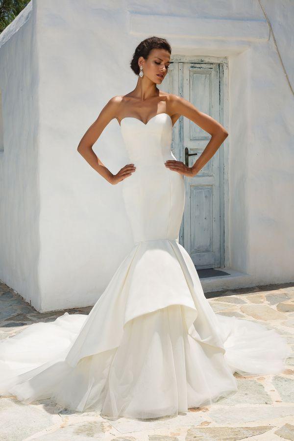 Luxurious Satin Mermaid Wedding Dress Tulle Skirts