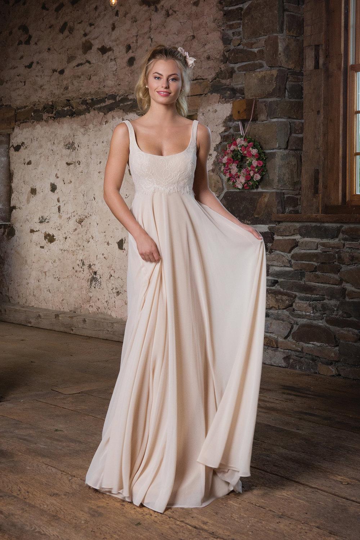 Modern Casual Wedding Dresses for Backyard Wedding