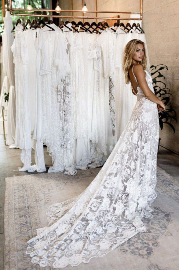 Rent Lace Wedding Dresses