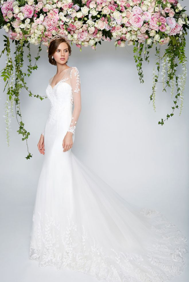 Rent Romantic Wedding Dresses