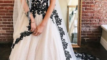 Tulle Lace Appliques Ball Gown White Black