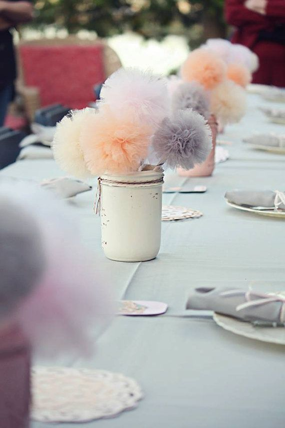 Tulle Pompom Wedding Table Ideas